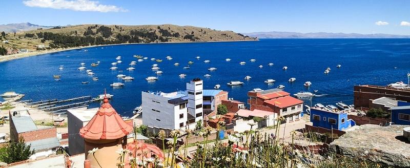 bolivia-copacabana-lake-titicaca