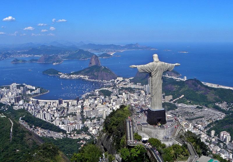 brazil-rio-de-janeiro-statue