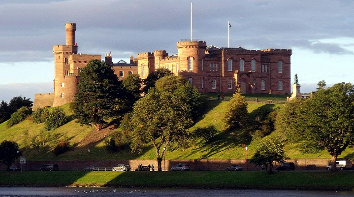 scotland-inverness-castle