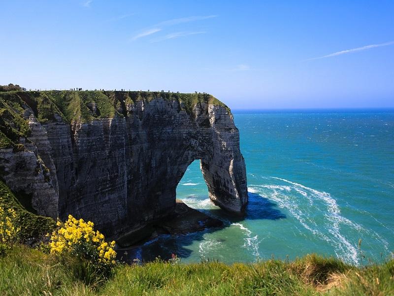 Photo of Normandy's rocky shore