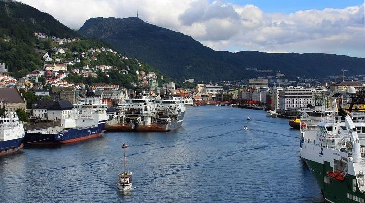 Photo of a port in Bergen