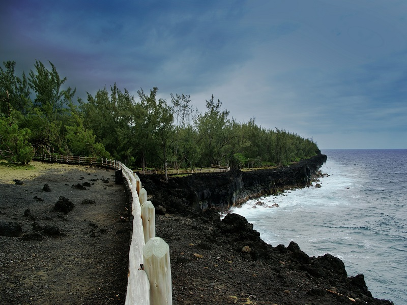 Picture of volcanic shore in Reunion Islands