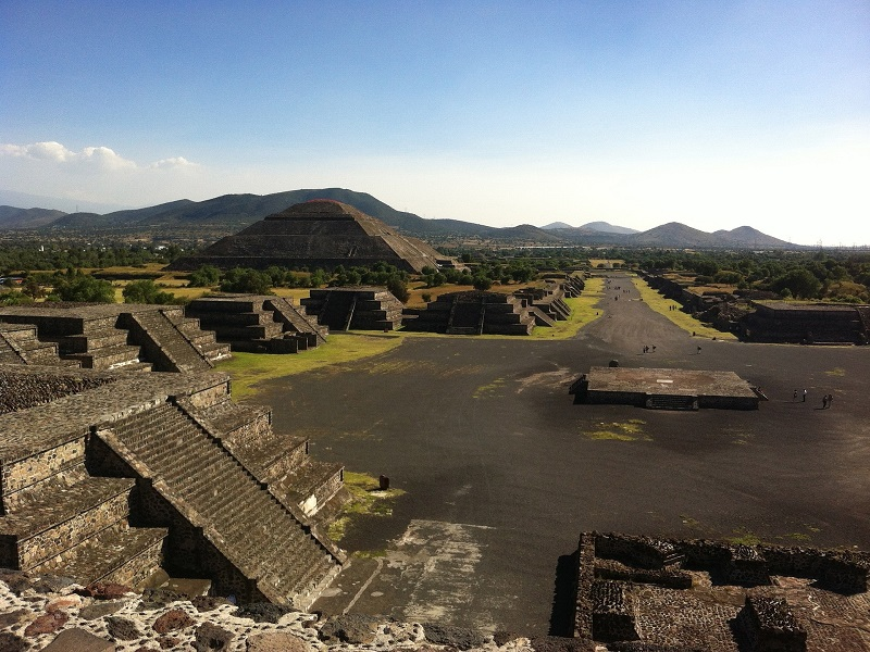 Teotichuacan photo