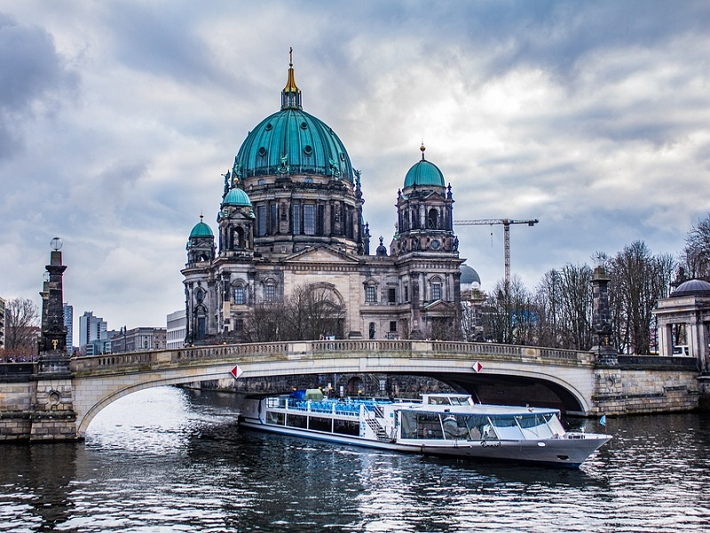 Image of a Spree River cruise.