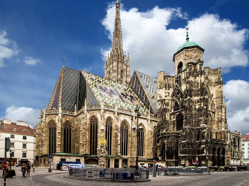 St Stephens cathedral in the city center of Vienna, Austria